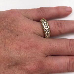 Swarovski ring size small (6)